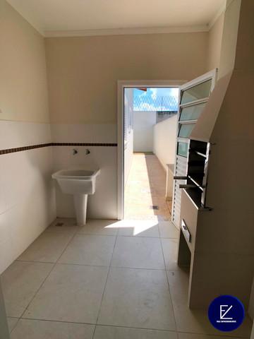 Casa com 72 m² / 2 quartos 1 suíte / Cond. fechado - Vale Empreendimento