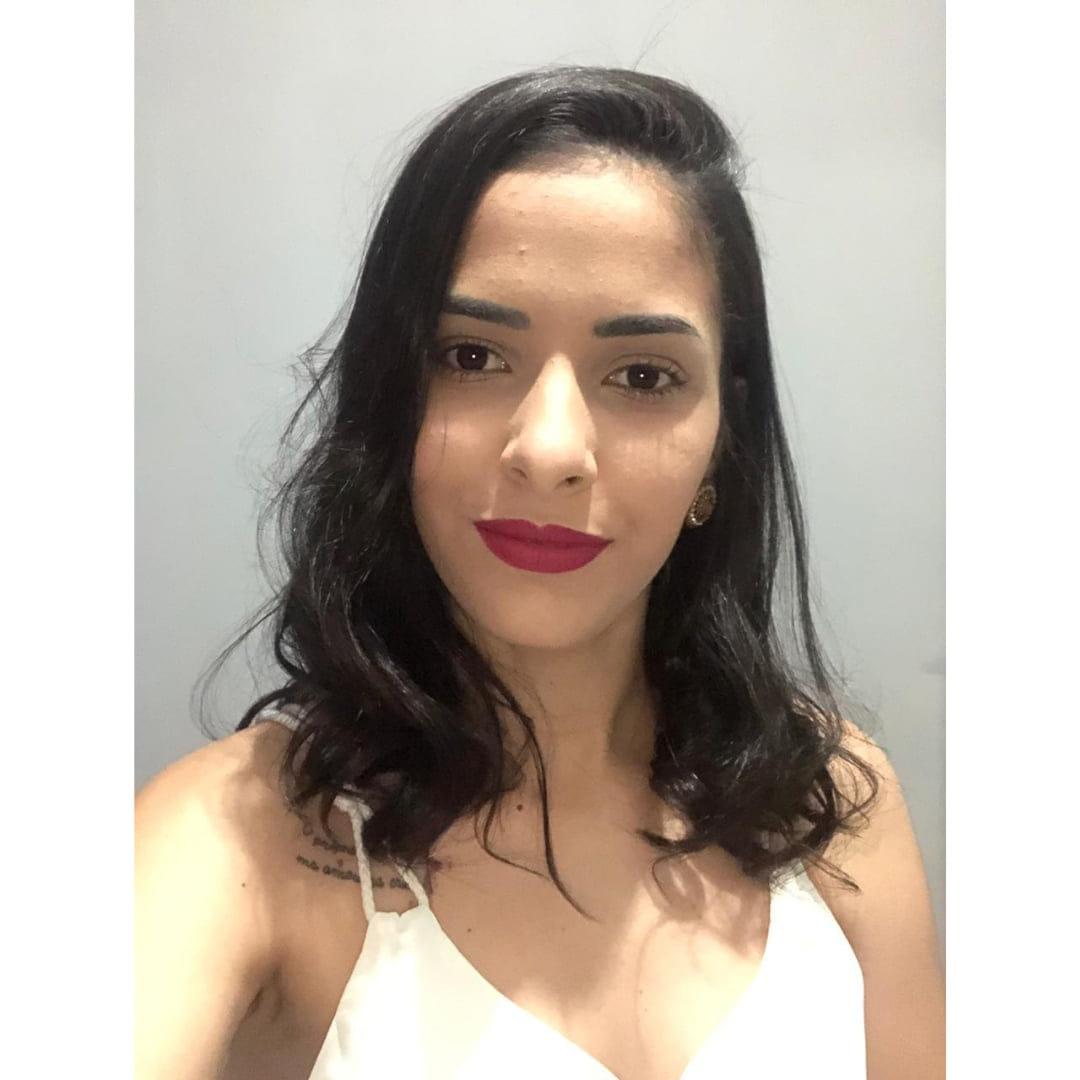 Rebeca Oliveira  - Vale Empreendimento